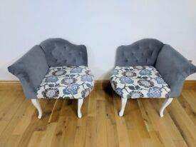 Beautiful centre piece Chaise Chairs