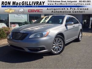 2014 Chrysler 200 Limited..Sunroof..Leather..$93 B/W Tax Inc