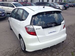 2010 Honda Fit * BEST BUY * EXCELLENT CONDITION London Ontario image 3