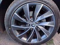 Skoda Superb Anthracite Pegasus 18'' Alloy Wheels (L&K) & Tyres 7-7.5mm 235/45/18 ET44
