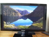 Samsung 24 Inch monitor S24C570HL HDMI and RGB Good working condition £35.