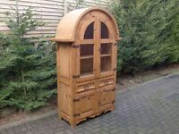 Solid Pine Curved-Top Display Unit