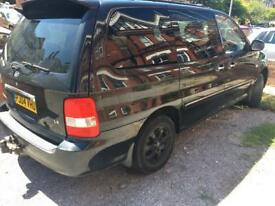 Kia Sedona Diesel with new battery and MOT