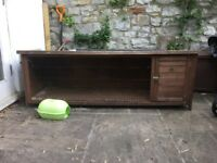 Outdoor Guinea Pig/Rabbit Hutch 75cm (L) x 55cm (D) x 60cm (H)