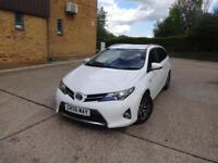 Toyota Auris VVT-I Icon Plus (white) 2015