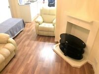 BEAUTIFULLY PRESENTED 2 BED MAISONETTE SITUATED IN NORTHOLT UB5 CLOSE TO LOCAL TRANSPORT FACILITIES