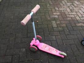 Hello kitty girls scooter