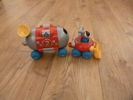 ELC space buggy with figures