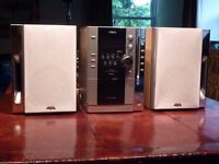 Micro Hi-Fi Component System Sony Aiwa XR-MN5 CD/Radio/Cassette