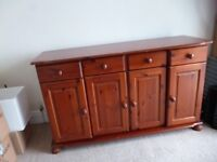 SIDEBOARD solid pine, 4 cupboard 4 drawers, lovely piece of living dining room furniture