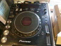 Pioneer mixer/2×cdj1000mkII/all in cases