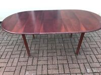 Wooden extend table