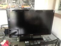 Samsung 37 lcd TV works built in free view hd