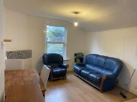 3 Double Bed Flat, 2 Minutes to Turnpike Lane Tube