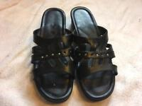 Sandal house ladies slippers black size 7/40 used one time £3