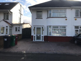 3 Bedroom House (furnished) for rent, Bath Road, Slough