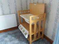 Mamas and Papas baby change unit with bath