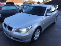 2004/04 BMW 5 SERIES 2.5 525i SE 4DR SILVER AUTOMATIC,HIGH SPECIFICTION,FULL LEATHER, DRIVES WELL