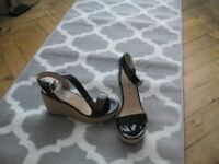 Wedge sandals size5