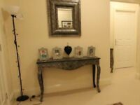 Black/silver console table with drawer