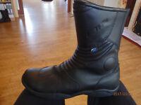 Spada weatherproof boots, black size UK 10