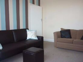 Semi-furnished one bed flat to let on Broadway, Fulwood