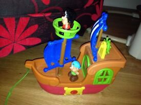 Plastic Pull Along Toy Pirate Ship with Crows Next & 2 Pirates - Musical - GUC