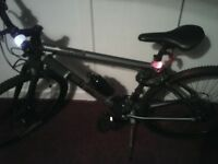 mens large mountain bike, imaculate conditiion , shimano disk brakes , all accessories added