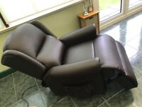 MALVERN LEATHER DUAL MOTOR RISE & RECLINE CHAIR