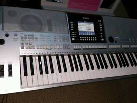 YAMAHA PSR S910 WORKSTATION KEYBOARD (REAL AND TOP QUALITY)