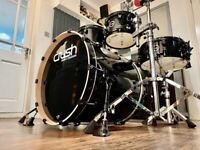 Crush Chameleon Birch Drum Kit Shell Pack. Immaculate with Cases.