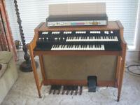 Hammond M100 with Auto-vario64