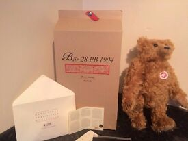 steiff bear limited edition only 7000 made this is number 04485 has own box