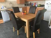 Lovely Oak Effect Dining Table (No Chairs)