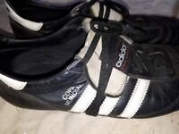 Football boots Adidas size 11