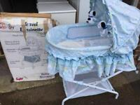 Snoopy Moses basket & stand NEW