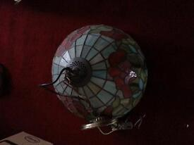 TIFFANY STAINED GLASS LIGHT VINTAGE GOOD CONDITION
