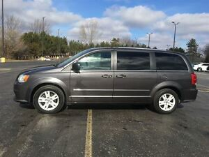 2015 Dodge Grand Caravan Crew Plus/NAVIGATION/HEATED LEATHER