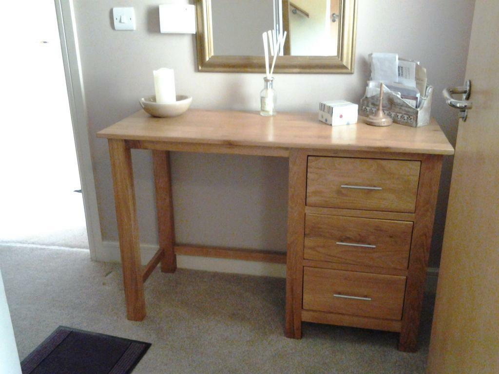 solid oak desk or dressing table dimensions are 45 inches wide 17