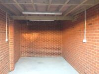 Secure garage to rent in Croydon / Thornton Heath