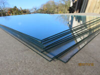 11 panes of glass. 24''x 18'' 2mm thickness. Ideal for picture framing or greenhouse