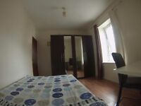 HUGE DOUBLE FOR SINGLE USE! 130PW! MILE END! LOW DEPOSIT!