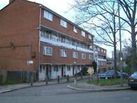 5 bedroom flat in Stoatley House, Bessborough Road, Putney, SW1