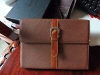 Brown Leather iPad/Tablet wallett