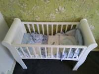 White slay crib