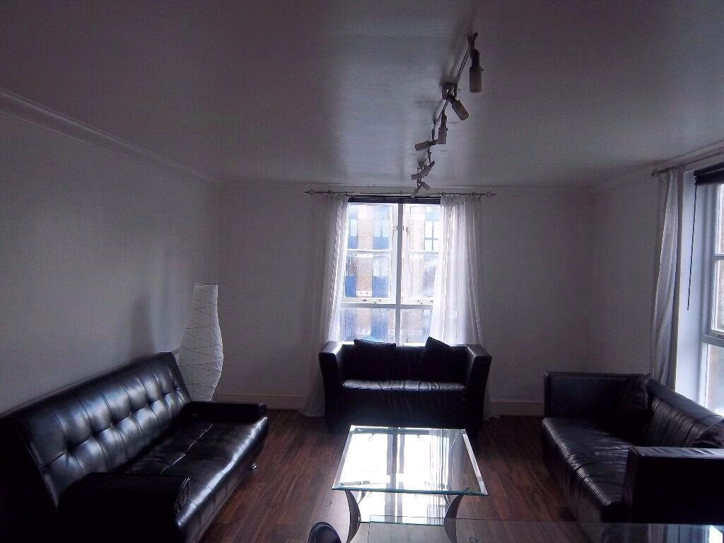 1 Bed Property - Farringdon Street - ST PAULS / CHANCERY LANE / FARRINGDON