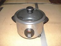 Unused 3 in 1 Stainless Steel Breville Rice Cooker, Steamer & Slow Cooker