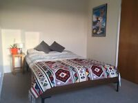 spacious double room available in helston