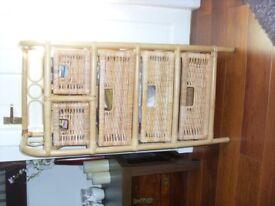 Wicker 5 drawer unit