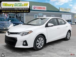 2016 Toyota Corolla S. Back up Cam. Bluetooth. Heated seats. Lea